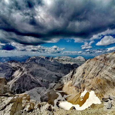Puntata 102 – Le emozionanti Dolomiti in solitaria di Fabiola