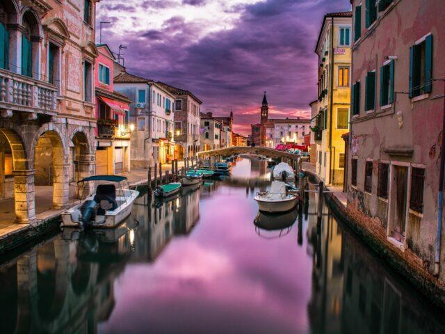 Festeggiare i 1600 anni di Venezia con i libri