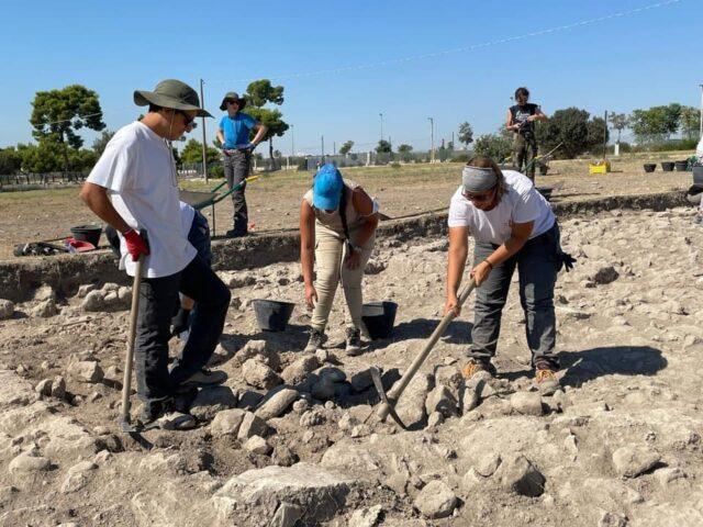 Sipontum: archeologia globale di una città portuale